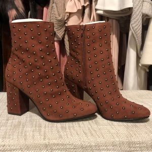 NIB Lucky Brand Suede Boot